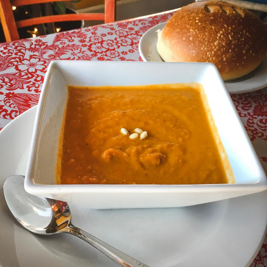 this is the image accompanying our Spicy Pumpkin Soup is Back! story